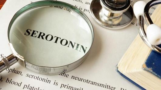 Alzheimer pode ter causas em níveis baixos de serotonina